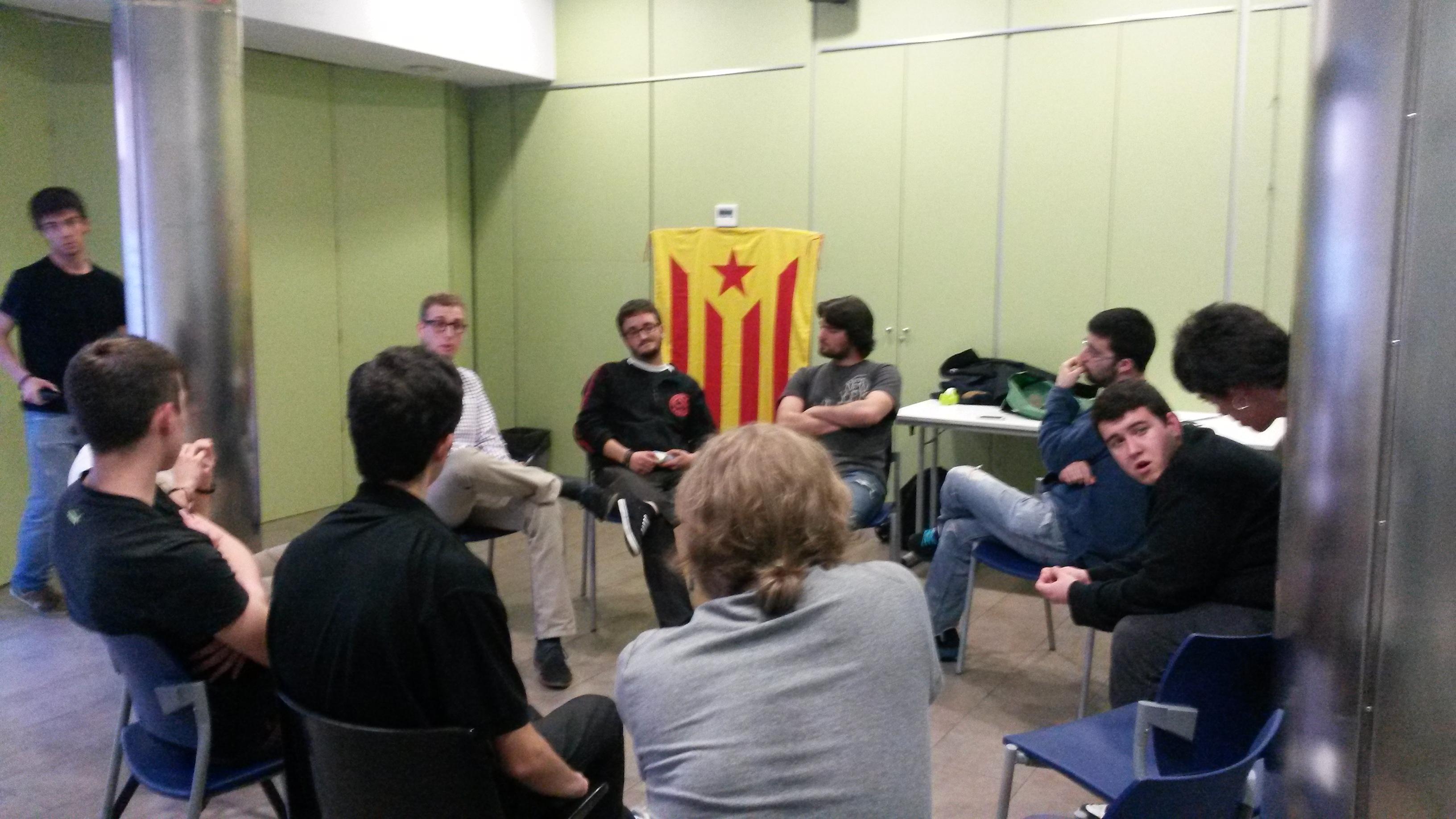 Foto del taller sobre educació formal
