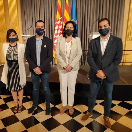 Els quatre regidors d'Esquerra Republicana que s'incorporen al govern (Quim Ayats, Maria Àngels Cedacers, Àdam Bertran i Annabel Moya)