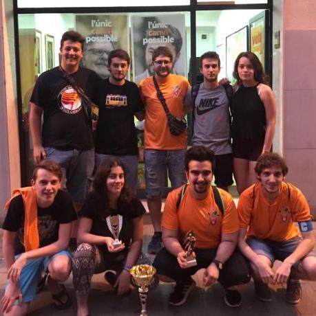 Cortsencs i cortsenques amb els trofeus del Fedetorneig!