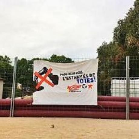 Pancarta de protesta del Jovent Republicà del Pla de l'Estany