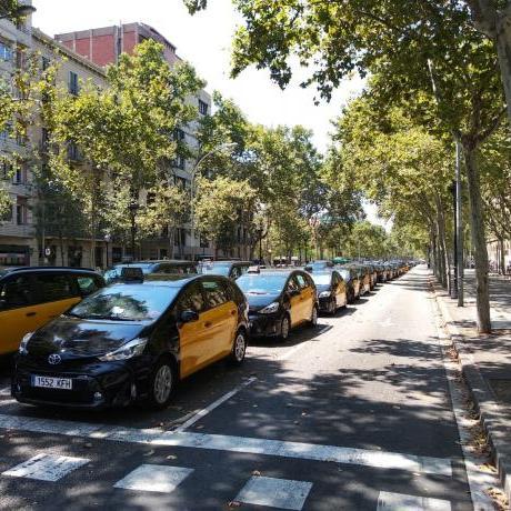 El Jovent Republicà vol mostrar el seu suport a les mobilitzacions convocades per les diferents associacions i col·lectius del sector del taxi