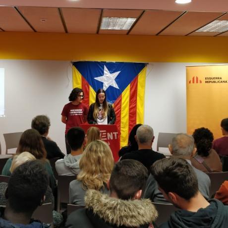 Aniol Vinyolas i Jana Font presenten l'acte