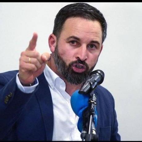 Santiago Abascal és el dirigent de VOX, el partit ultra que amenaça la democràcia