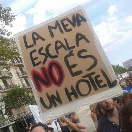 Manifestació 30/08/2014 contra el turisme desbordat a Ciutat Vella