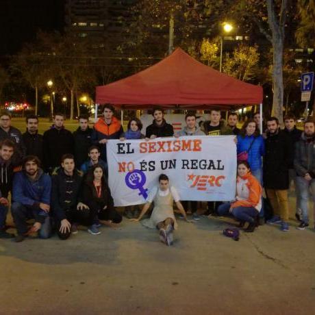 Els nostres militants amb la pancarta