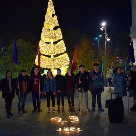 Acte de les JERC-Lleida a la Plaça Paeria el 24N2017, recordant el 25 de novembre, dia contra la violència masclista