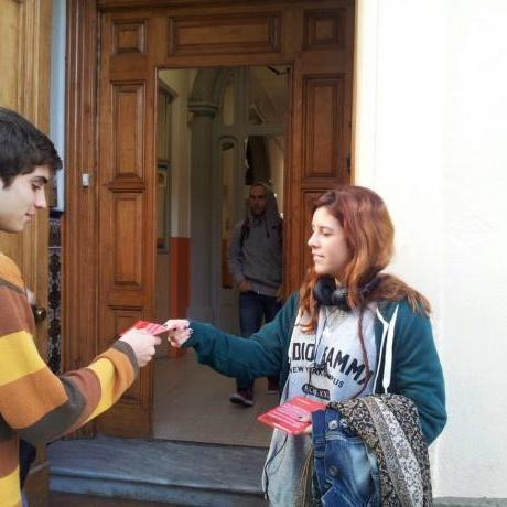 Repartint informació als instituts de Sabadell