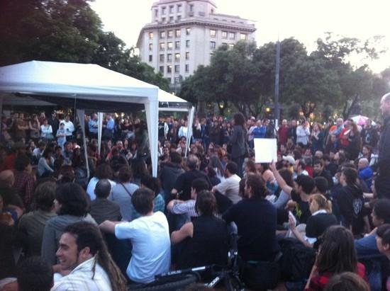 acampada_bcn_placa_catalunya.jpg