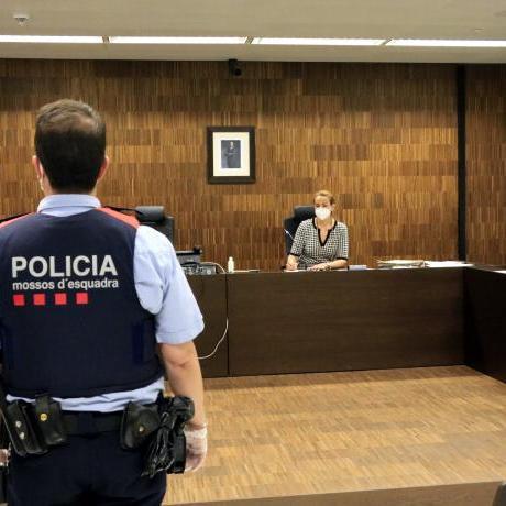 Una policia democràtica no pot deixar lloc a agents que actuen en contra de drets fonamentals.