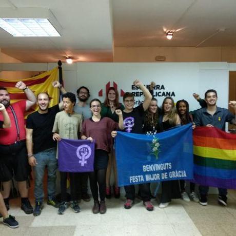 Fotografia de la militància gracienca després del congrés