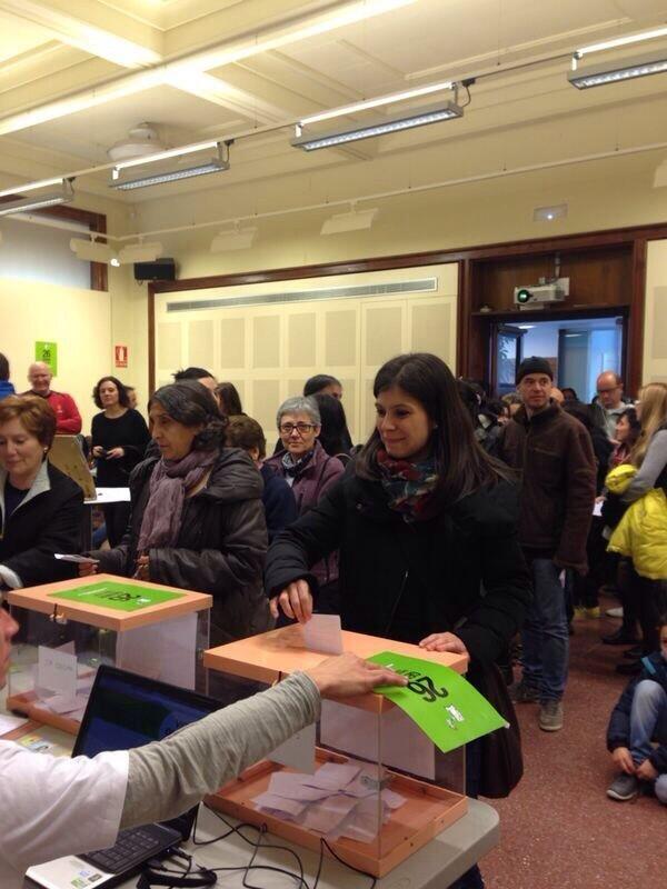 Marta Vilalta votant NO a la MAT