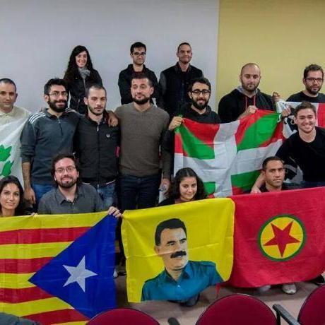 Fotografia de les delegacions participants a la trobada