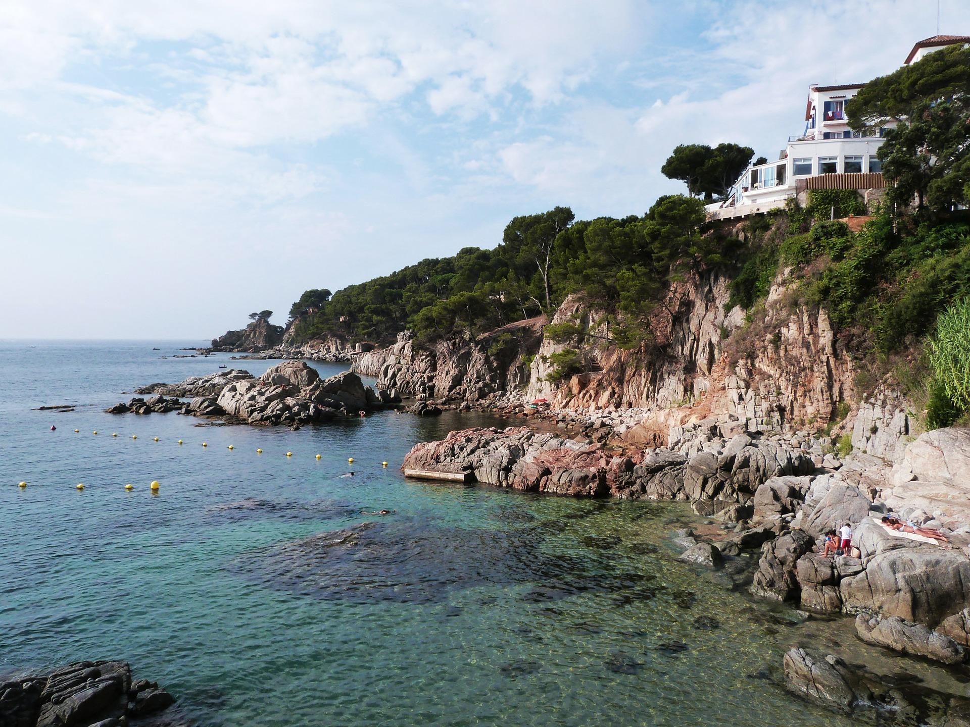 La Costa Brava és un dels entorns més apreciats del litoral dels Països Catalans, però cal prendre consciència que tots els quilòmetres de costa són vitals.